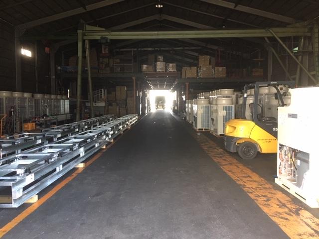 倉庫クレーン
